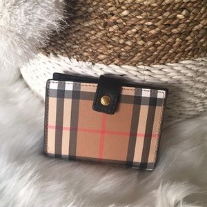 Burberry wallet brand new authentic
